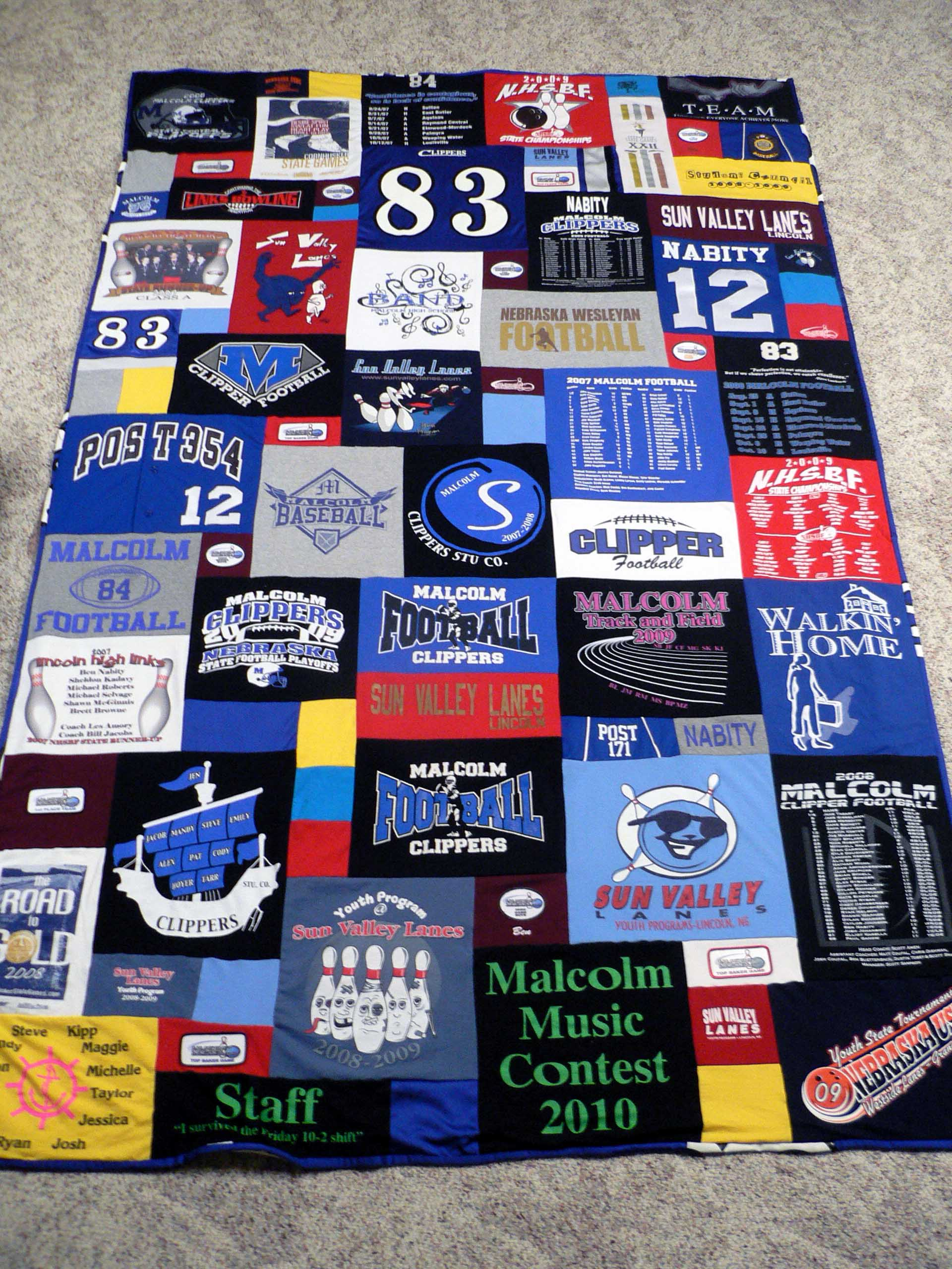 Graduation Gift Idea: A T-Shirt Quilt | SnugasaBugBaby : graduation quilt ideas - Adamdwight.com